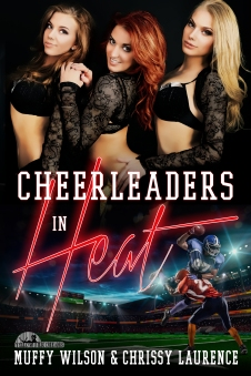 Cheerleaders in Heat